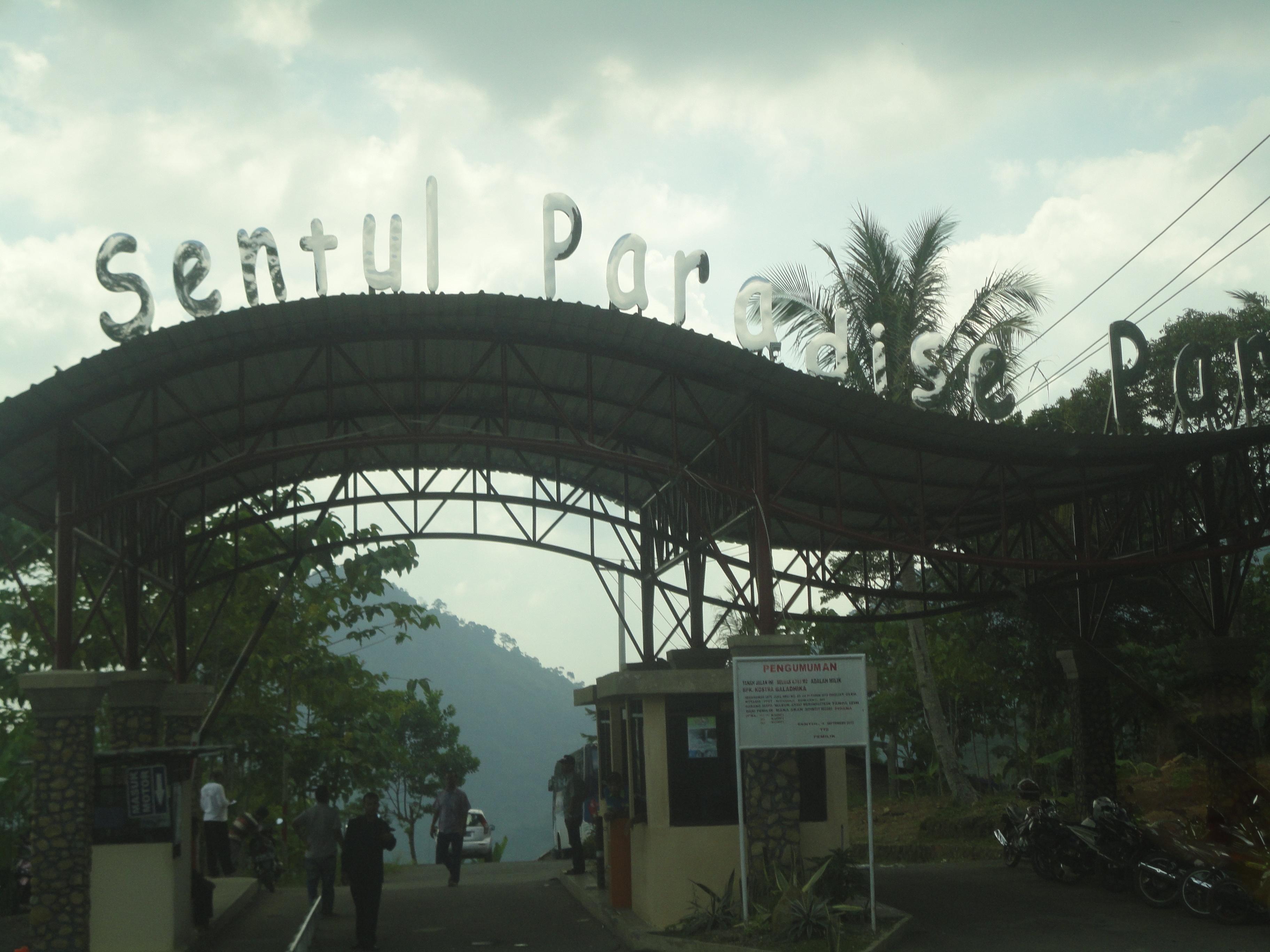 Weekend Gunung Pancar Sentul Paradise Park Triandika Weblog